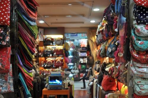 shanghai-fake market